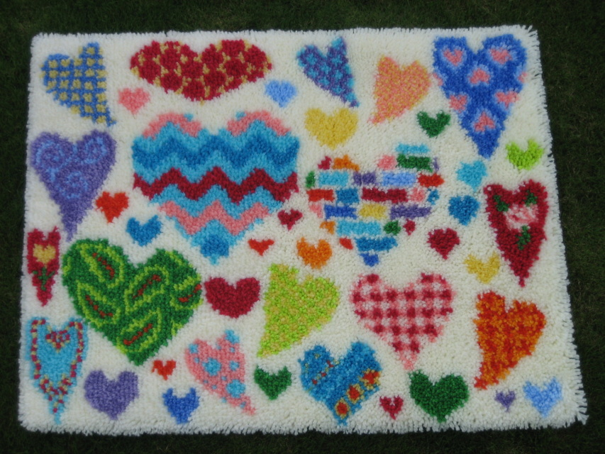 Happy Hearts Latch Hook Rug Kit